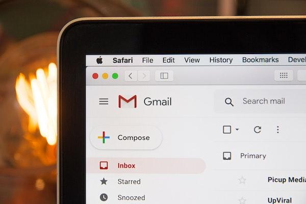 Gmail window on Safari